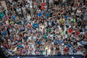 Audience of a show in a shopping mall