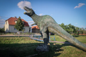 Dinosaur in Chvalovice