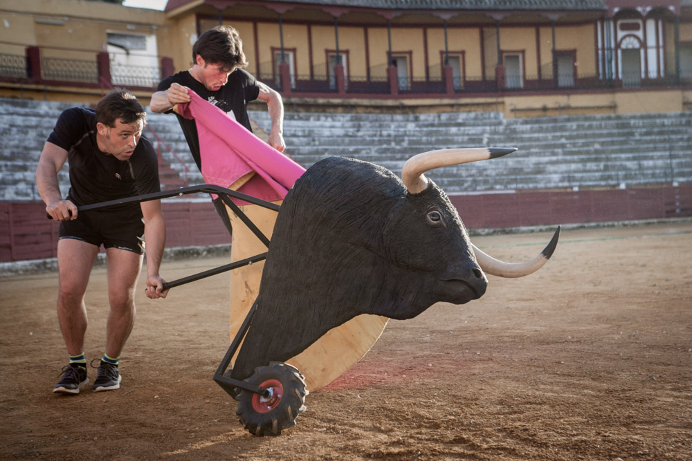 Training of the bullfighters, Jimenez brothers, in the bullring in Écija
